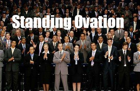 Il NAA, questo sconosciuto...-standing-ovation.jpg