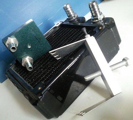 [PG+sped] vendo radiatore 120 con raccordi e waterblock-wb02.jpg