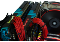 Un CrossFireX di SAPPHIRE R9 290X 8GB Vapor-X OC per giocare ad una risoluzione di 3840x2160.