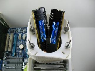 Stabilito il nuovo W.R. di frequenza su DDR3 1