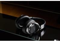 Il produttore giapponese affianca un nuovo sistema audio digitale ai classici modelli wireless.