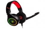Un headset da gioco personalizzabile con un'estesa illuminazione multicolore.