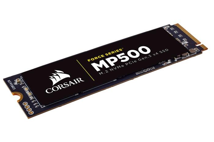 CORSAIR, finalmente disponibili gli SSD M.2 1