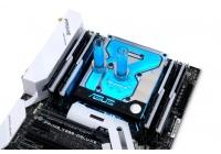 Un solo waterblock full cover compatibile con le ASUS X299 Prime e TUF.