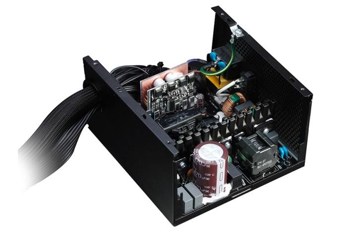 BitFenix presenta la serie Formula Gold 2