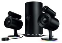 Design innovativo ed elevata qualità audio per godersi giochi, film e musica.
