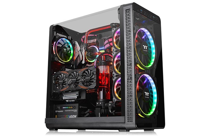 Thermaltake lancia il View 37 1