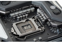 Non a caso i produttori di mainboard stanno rilasciando i BIOS aggiornati per Z370 ...