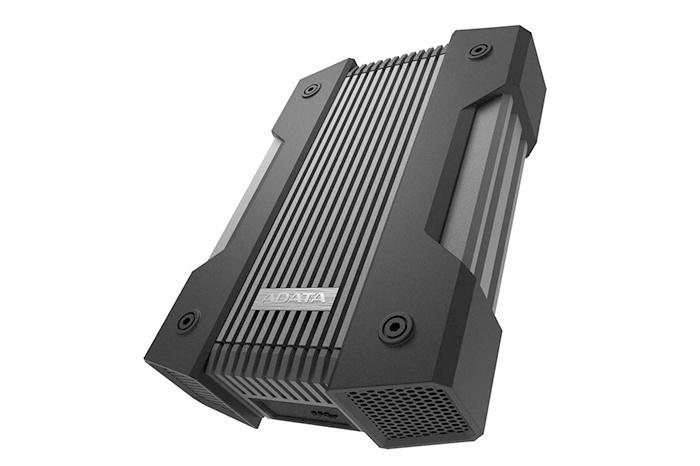 ADATA presenta il drive esterno HD830  1