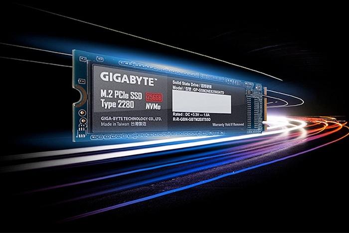 Una velocità di 5000 MB/s per gli SSD NVMe PCIe 4.0 1