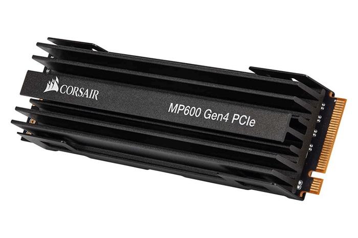CORSAIR presenta il velocissimo MP600 2