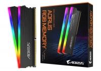 Design minimale e chip Hynix D per le nuove DDR4 premium del colosso taiwanese.
