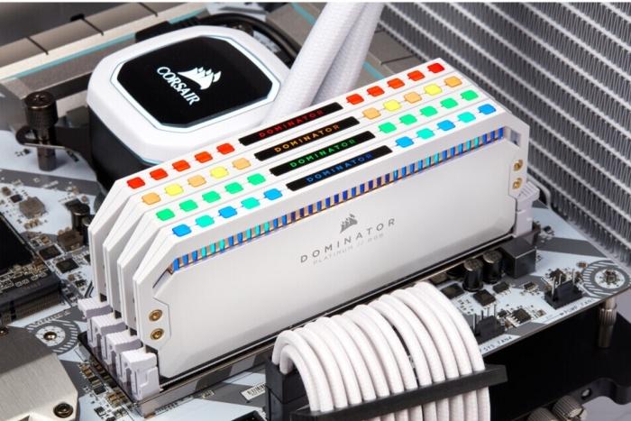 CORSAIR lancia le Dominator Platinum White RGB 2
