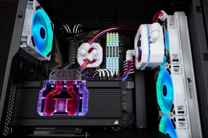CORSAIR lancia gli Hydro X XG7 RGB 1