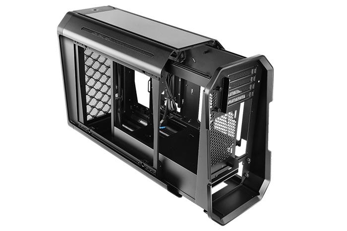 Antec presenta il Dark Cube 6
