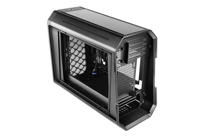 Antec presenta il Dark Cube 5