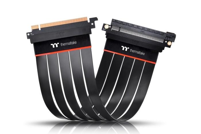 Thermaltake lancia i Riser Cable PCIe 4.0 1