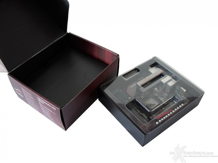 ASUS MAXIMUS VIII IMPACT 2. Packaging & Bundle 4