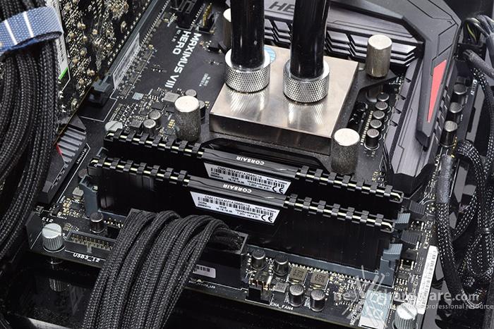 Corsair Vengeance DDR4 LPX 2666MHz 16GB x 2 8. Overclock 1