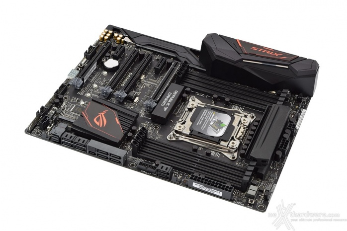 ASUS ROG STRIX X99 GAMING 4. Vista da vicino 1