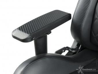 CORSAIR T1 RACE 3. Regolazioni ed ergonomia 9