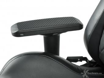 CORSAIR T1 RACE 3. Regolazioni ed ergonomia 12