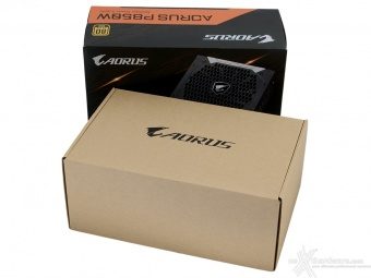 AORUS P850W 1. Packaging & Bundle 3
