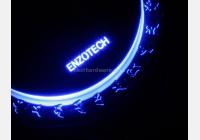 Enzotech abbandona la serie Sapphire con l'introduzione del nuovo prodotto per cpu caratterizzato da un look decisamente particolare.