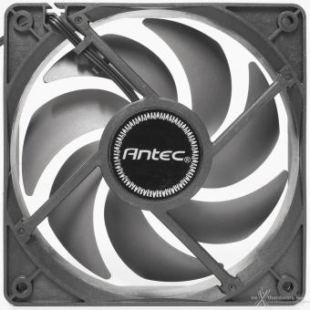 Antec DF700 Flux 4. Raffreddamento 5