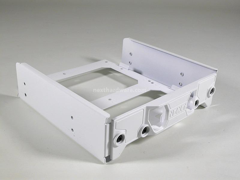 Nzxt switch 810 5 interno recensione - Smontare finestra basculante ...