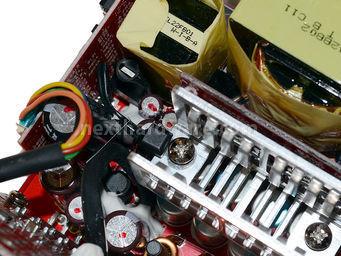 Cooler Master V1000 80Plus Gold 5. Componentistica & Layout - Parte 2 8