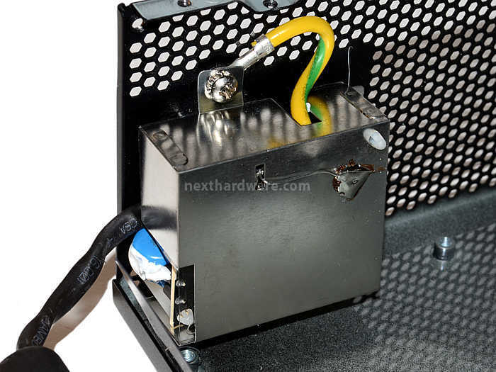 Cooler Master V1000 80Plus Gold 4. Componentistica & Layout - Parte 1 1